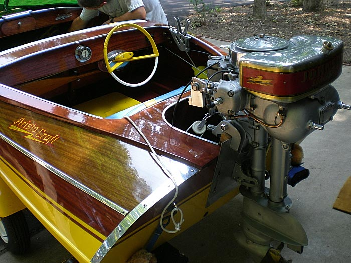Antique Classic Modern 2 Stroke Outboards